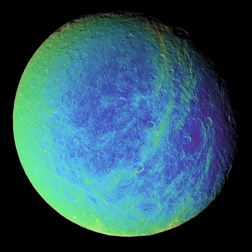 (擬似カラーの衛星レアの画像) 擬似カラーの衛星レアの画像。クリックで拡大(提供:NASA/JP