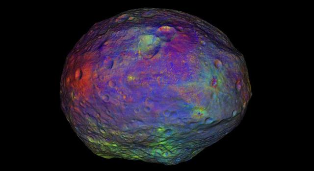 小惑星ベスタ由来の隕石に高圧鉱...